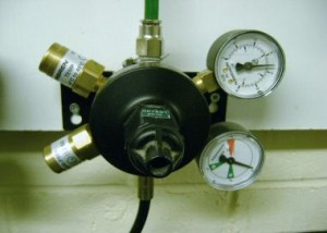 Primary-gas-regulator